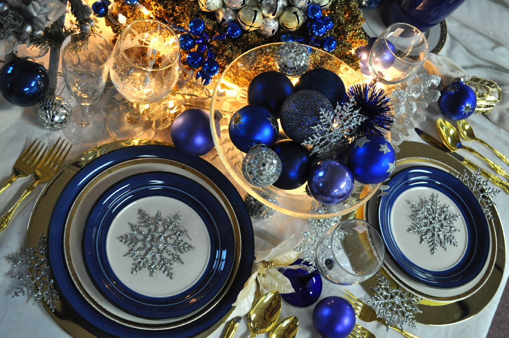 Create a whimsically elegant holiday table impact thrift for Blue and gold christmas