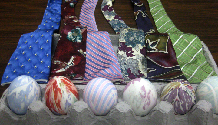 DIY Dye Easter Eggs with Silk Tie 